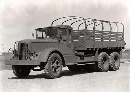 http://www.trucksplanet.com/photo/mack/nr8-nr20/nr8-nr20_1.jpg